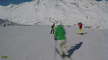 The best ski course you've seen all minute.