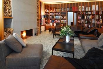 Private ski chalets : If you are planning your upcoming winter vacations in the Alps, look for the amenities offered in the ski chalets.