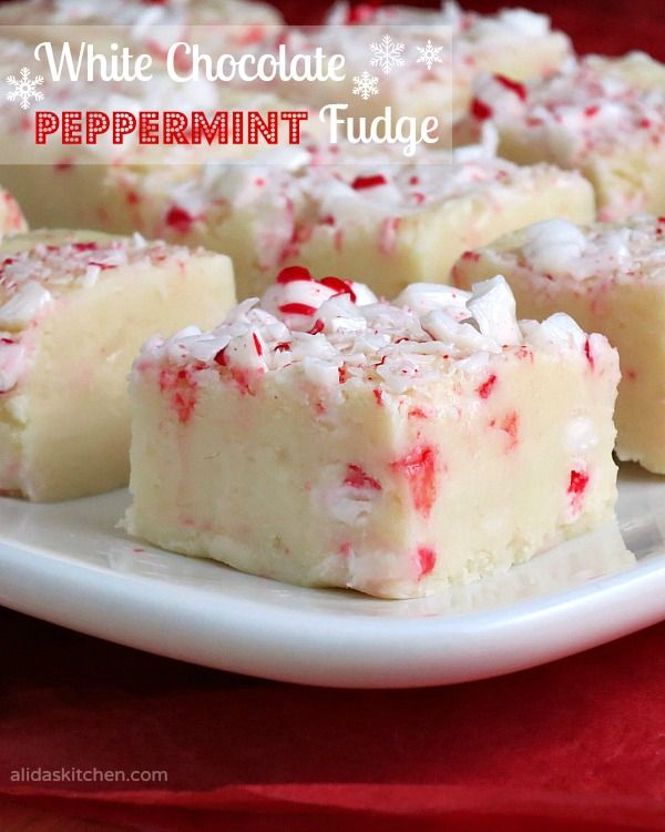 White Chocolate Peppermint Fudge #SundaySupper | alidasktichen.com