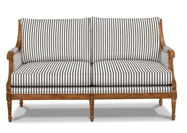 Ethan Allen - Fairfax Loveseat http://www.ethanallen.com/en_US/shop-furniture-living-room-sofas-loveseats/fairfax-loveseat/137172.html?site=