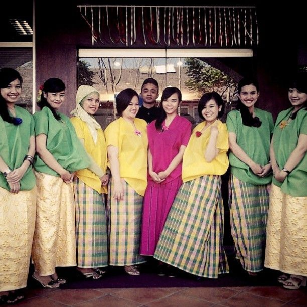 .@annisamutiaraputri | #Bajuadat #bajubodo #tradisional #makassar #Indonesia | Webstagram - the best Instagram viewer