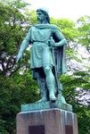 Gangu-Hrólfr or Rollo the Ganger (the walker) Ragnvaldsson, Mœrajarl de Normandie, was founder of the Duchy of Normandy and progenitor of William the Conqueror. Not a contemporary statue ...