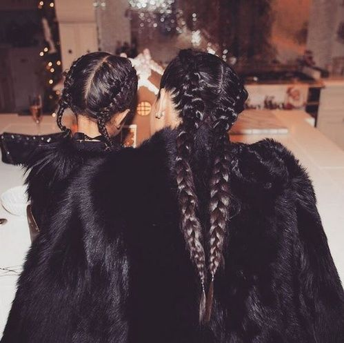 Les tresses de Kim Kardashian et North West