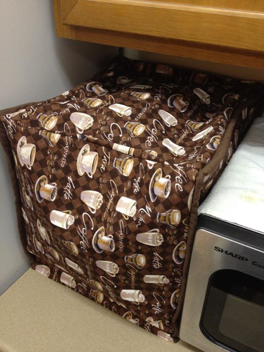 Pitcher Family Adventures: Appliance Covers DIY, tutorial on how to make an appliance cover. Step by step with cording and pictures.