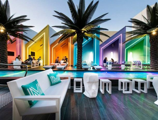 Пляжный клуб на австралийском побережье