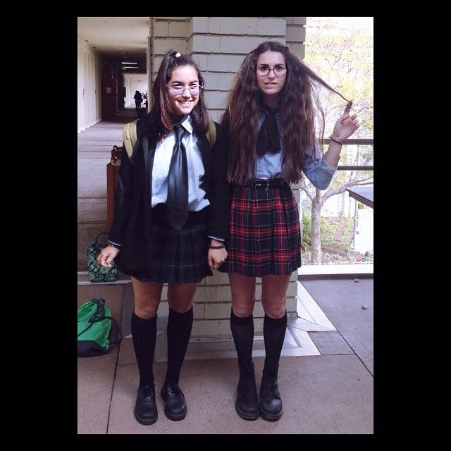 Mia Thermopolis and Lilly Moscovitz: Such unique DIY Halloween costumes to rock with your bestie this year.