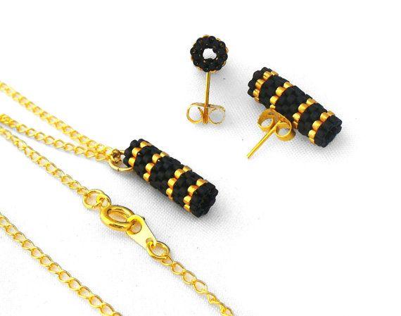 Collier or et noir, Peyote noir bijoux, boucles d'oreilles or, boucles d'oreilles minimalistes, moderne de demoiselle d'honneur bijoux cadeau ensemble - Made in Germany