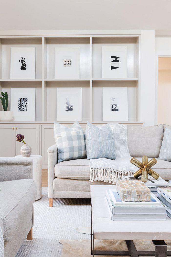 Design by Amanda Barnes Interiors Photography by