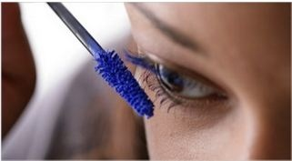 Electric blue mascara~ TOTALLY 80s!