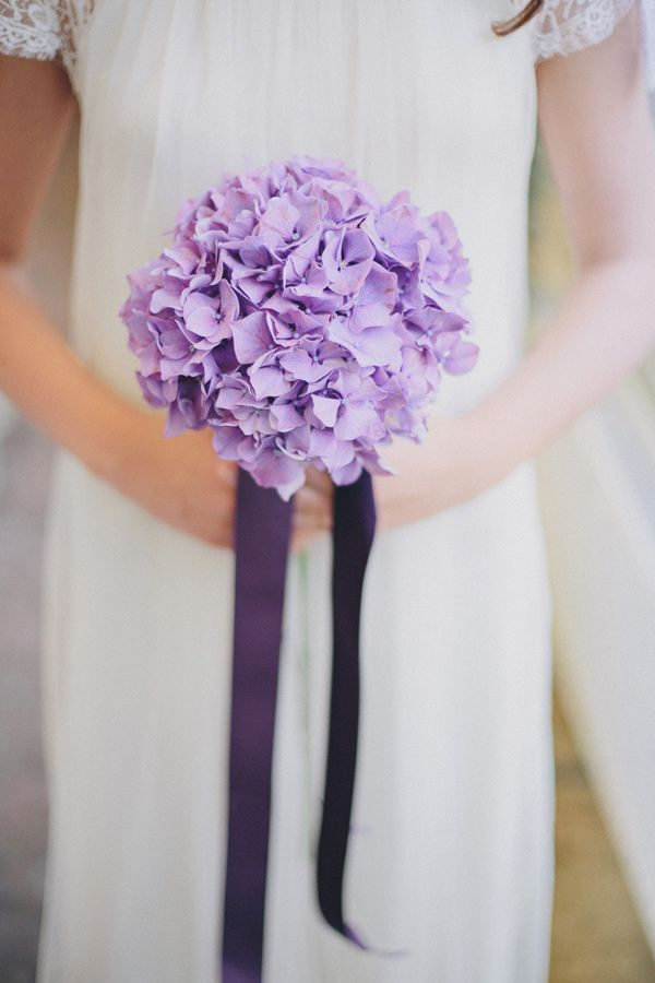 purple hydrangea + ribbon bouquet // photo by Thomas Steibl