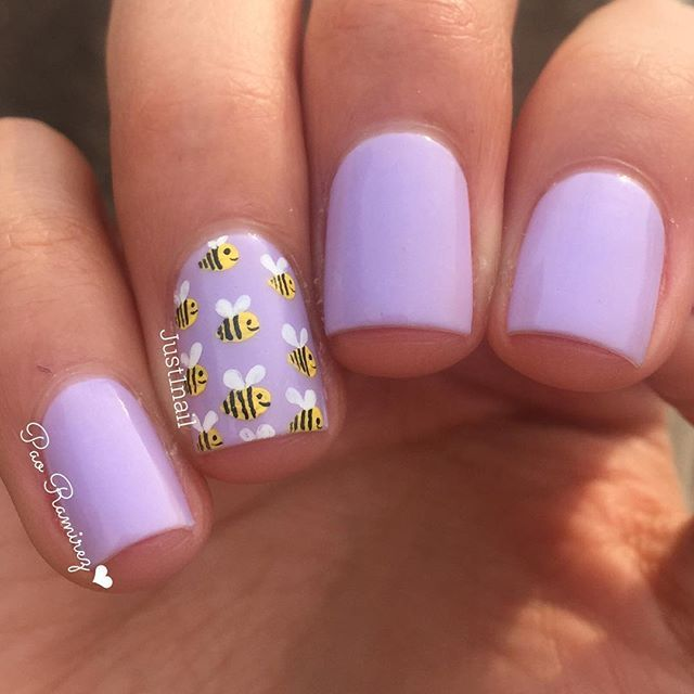 April jelly of the month from @loadedlacquer . So springy. . I finally had time to do a little bit of nail art. Teeny bees for my teeny 1st grade bumble bees.  check out @loadedlacquer for this any so many other awesome jellies !!!!
