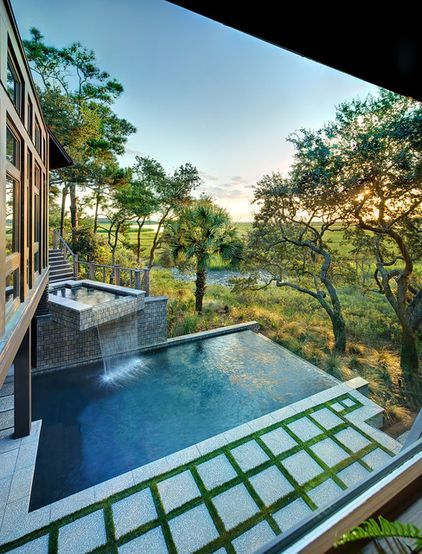 A hot tub hangs over the pool, which in turn hangs over the path to the marsh.Swimming Pools, Trees House, Hot Tubs, Kiawah Islands, Infinity Pools, Architecture Design, South Carolina, Pools Design, Modern Pools