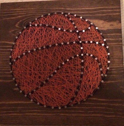 Cette annonce est pour un rendu dordonner signe de basket-ball art chaîne mesurant 12 par 12. Conseils vont être colorées comme sur la photo
