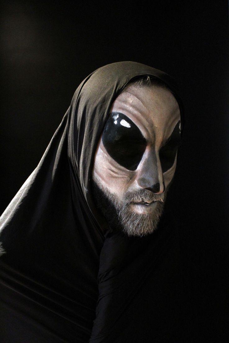 Alien Artistas: Ana Romero y Henry   Salazar Visitanos en: www.eltallerdelpelo.com
