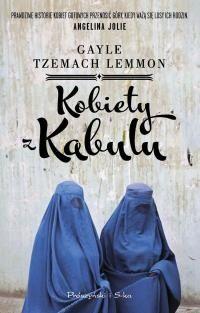 Opowieść o kobietach, które skromnie i wytrwale stawiają czoło każdemu wyzwaniu. Życie Kamili Sidiqi zmieniło się z dnia na dzień, kiedy do Kabulu wkroczyli talibowie. Miasto znalazło się w dramatycznej sytuacji ekonomicznej i mężczyźni wyjeżdżali masowo w poszukiwaniu pracy, a także w obawie przed prześladowaniami. Kamila postanowiła, że nauczy się szyć, aby pomóc rodzicom utrzymać liczną...