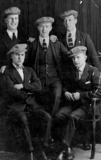 Young Men in the 1930's - Scotland - smart suits, ties and ...