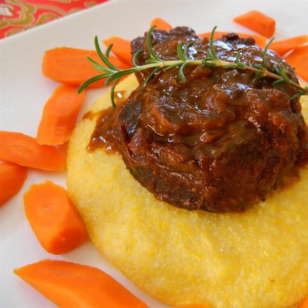"""Short Ribs Braised with Mushrooms and Tomatoes 