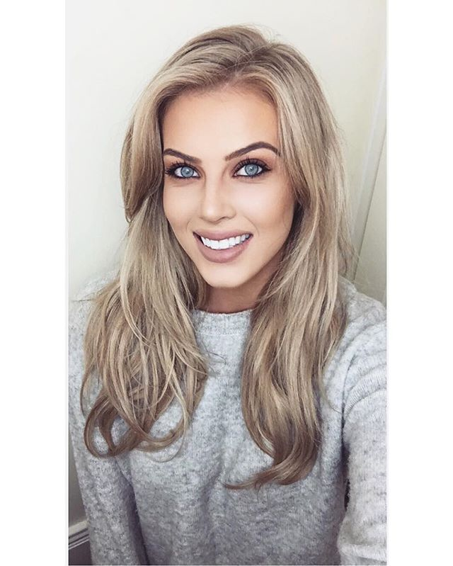 "Chloé Boucher - ""NEW YOUTUBE VIDEO!  All about my how I whiten my teeth using @spotlight_whitening.ie   Link is in the bio, hope your enjoy   #spotlightwhitening #whiteteeth #beauty #sp """