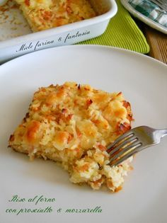 Riso al forno con prosciutto e formaggio.Un primo ricco e succulento, adatto in tutte le occasioni. da preparare anche in anticipo