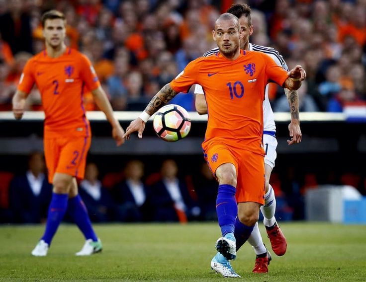 Wesley Snijder scoort. Nederland - Luxemburg. 2017-06-09
