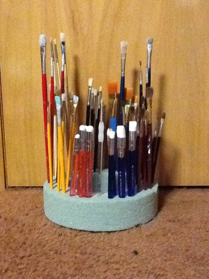 Paint brush holder, made with a circle of styrofoam. Easy!