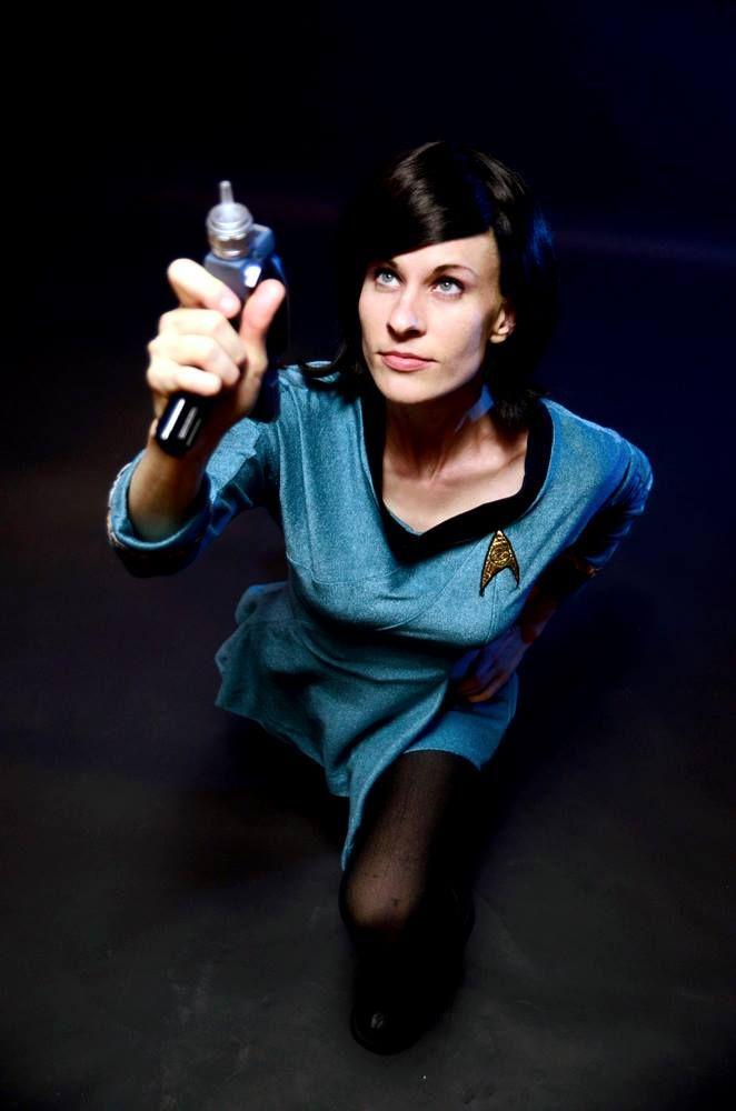 Cosplayer: Joanie Mars. Cosplay: Enterprise Officer, from Star Trek Series. Photography: Bonedaddy Bruce. 2014.