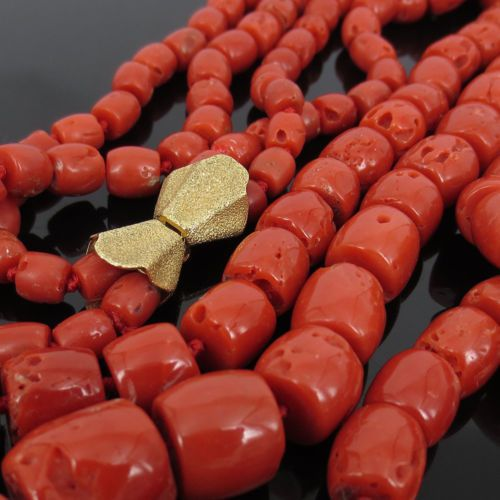 Vintage-Natural-Coral-18K-Yellow-Gold-Long-Size-Double-Strand-Necklace