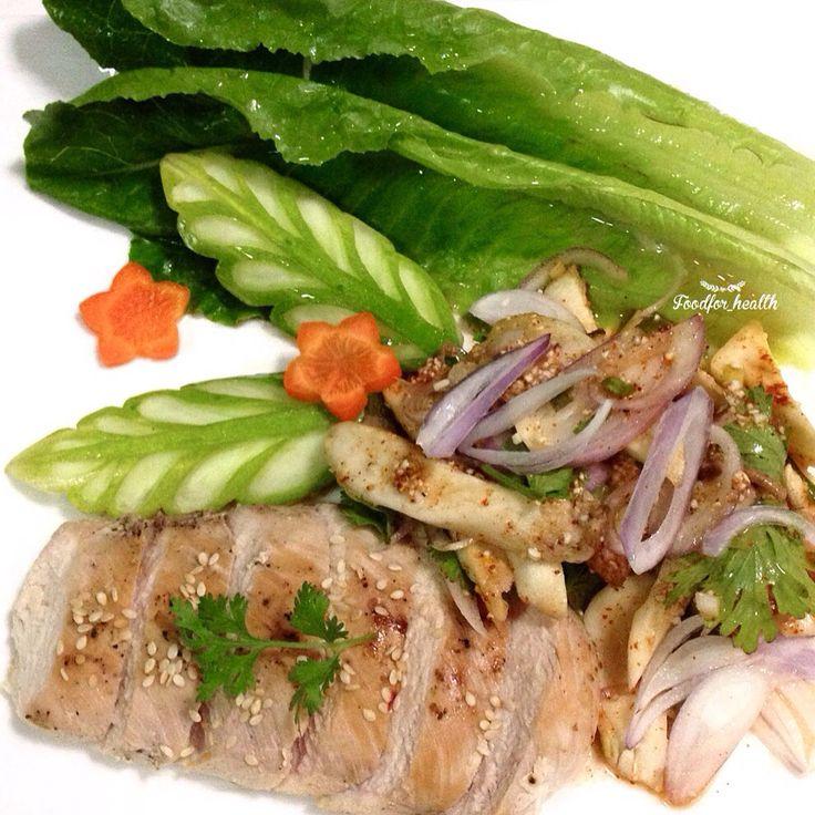 Grilled chicken with spicy king oyster mushroom salad ไก่ย่างกับลาบเห็ดออรินจิ