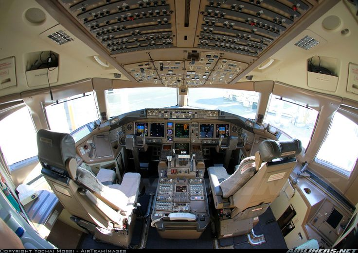 Photos Boeing 777224/ER Aircraft Pictures Airliners