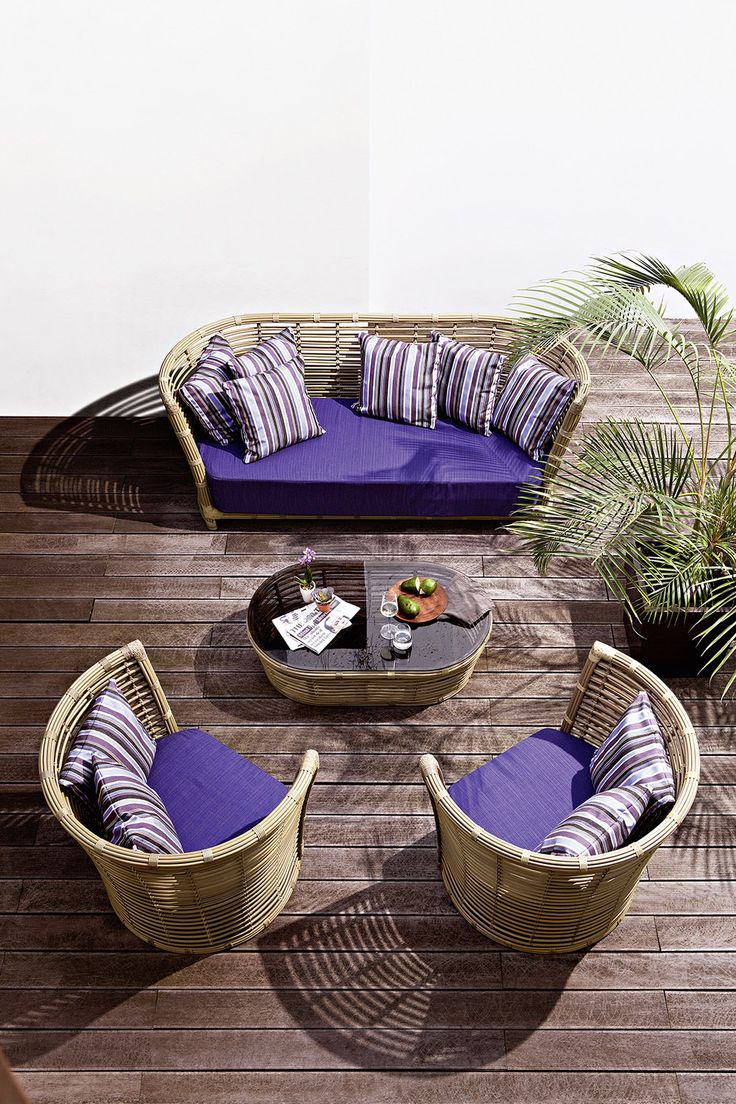 Sofa Made Of Hand Woven Synthetic Fiber With Painted Aluminum Frame, Ideal  For Porches