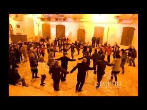 La Trata è una danza greca usata per celebrare il successo delle battute di pesca.