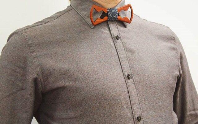 Разбавляем скучный, трудовой dress-code💼 Деревянной галстук-бабочкой от @Farfallarus_official🎀🔝 Восторженные взгляды Ваших коллег, Вам обеспечены😌😍👏 🔹🔹🔹🔹🔹🔹🔹🔹🔹🔹🔹🔹🔹 📲What's app/Viber +7-910-474-48-74 ☎️Для звонков по России 8-800-500-67-32 🎀Showroom: ТЦ Охотный ряд -2 этаж 🌎🚀Доставка по всему миру 🔹🔹🔹🔹🔹🔹🔹🔹🔹🔹🔹🔹🔹