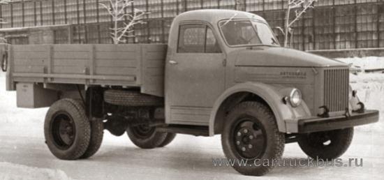 Эталонный экземпляр ГАЗ-51 с цельнометаллической кабиной 1949 года.