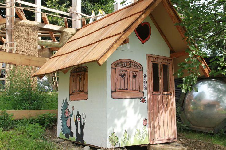 Dětský zdobený domeček