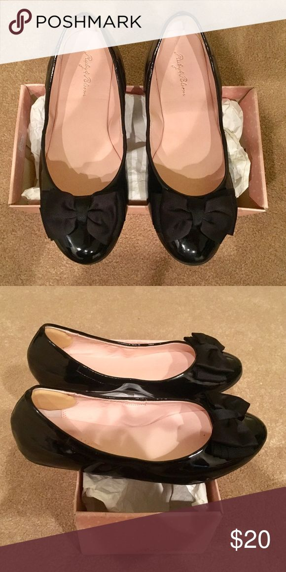 Ruby & Bloom Black Patent Leather Shoes Elegant black patent leather shoes by Ruby & Bloom. Purchased at Nordstrom.  EUC.  Size 1.5 (Little Girl) ruby & bloom Shoes Dress Shoes
