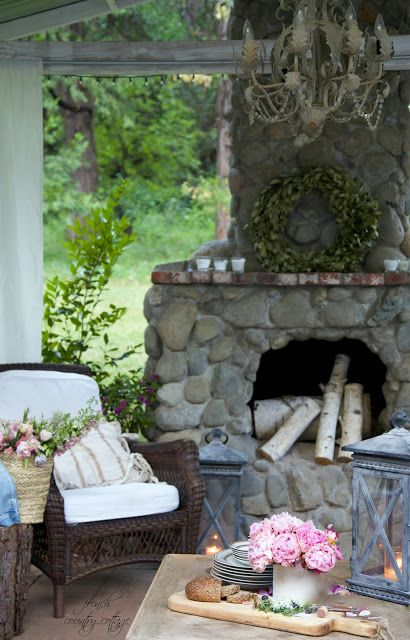 Summer Home Tour -  Summer means warm sunshine filled days   and evenings under the stars.         Abundant sunshine   ...