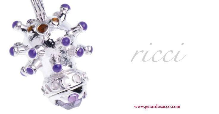 Un gioiello unico, magnetico e carismatico per rendere davvero magico questo Natale! Vieni a scoprire la nuova linea Ricci in tutte le gioiellerie GERARDO SACCO! #magia #Natale #gioielli #Ricci #perLei #perLui