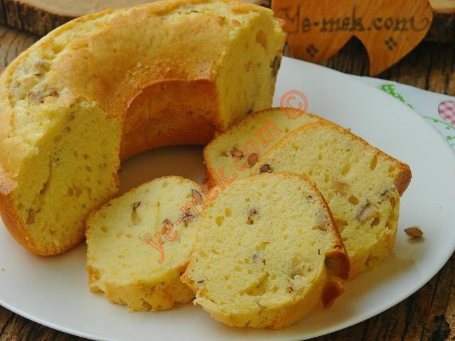 Portakallı Cevizli Kek Resmi