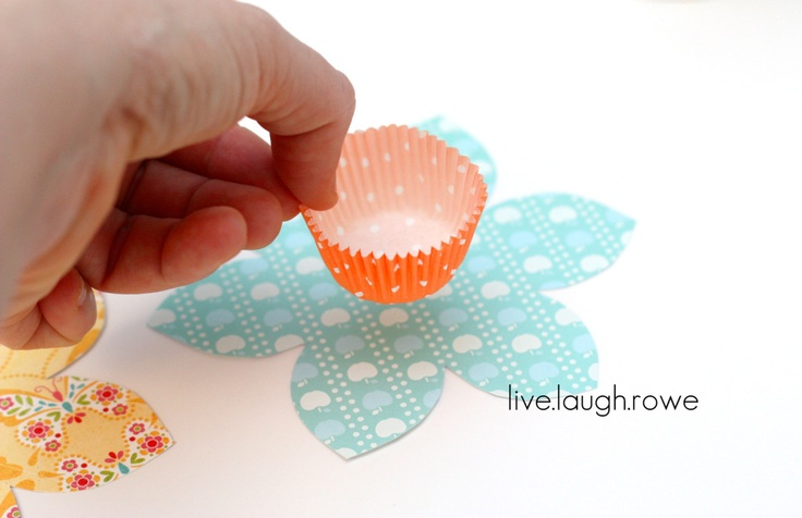 Daffy-Dill Snack Holders! | Flowers | Pinterest | Favors, Snacks and