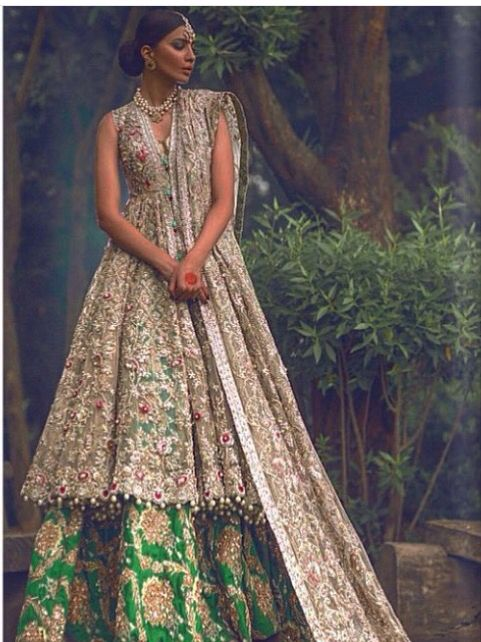 Élan couture from their Jasmine Court collection