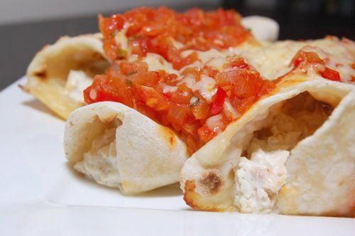 Enchilada met romige, zachte kip