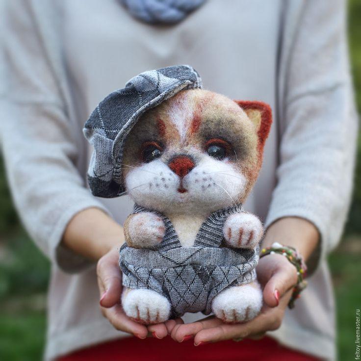 """Купить """"Федька"""" - котик из натуральной шерсти - подарок, Сухое валяние, подарок девушке, подарок женщине"""