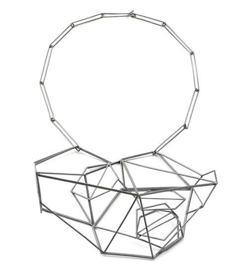 sarah-loertscher-runway-neckpiece