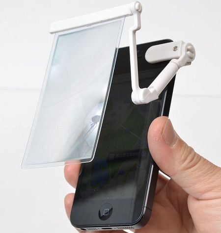 iPhone Clip-On Magnifier