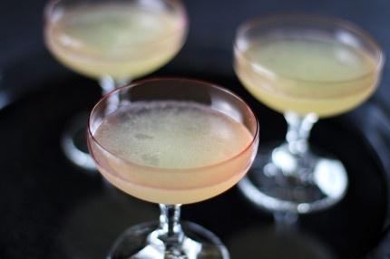 The Final Ward Cocktail.Final Ward, Cocktails Hour, Classic Cocktails, Cocktail Recipes, Cocktails Ideas, Cocktails Cocktails, Green Chartreuse, Ward Cocktails, Cocktails Recipe