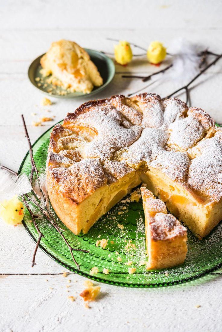 Mehukas ja keväinen persikkatorttu sopii vaikkapa pääsiäispöytään. Kokeile tortun kanssa vaniljakastiketta tai vaikkapa jäätelöä.