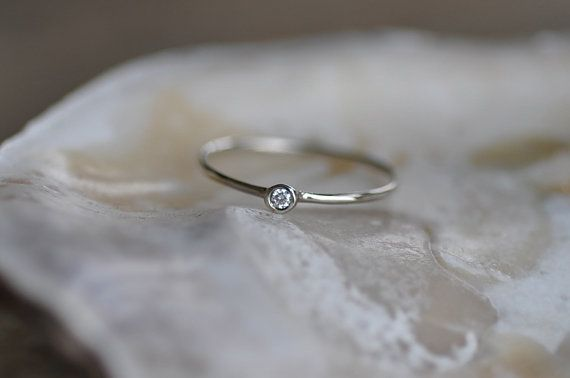 So cute, would make the perfect little promise ring!!!!! So perfect!!! So simple and cute! Love love love this