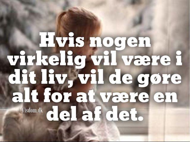 smukke - Citater, kærligheds citater, søde citater, citater om venskab. Visdom.dk er danmarks største hjemmeside for citater.