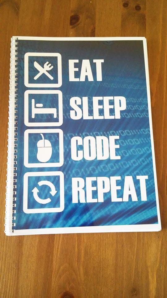 Zeszyt programisty, w środku znajdują się wyśmienite suchary dla nerdów :) Great gift for programmer. Prezent dla niego. Do kupienia na mojej stronie :)