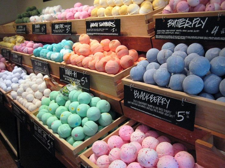 Bath bombs come in all sorts of colours and scents.